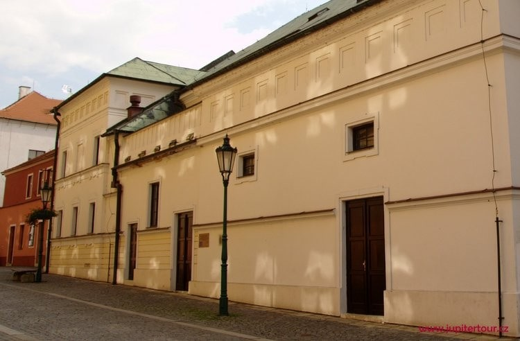 Театр Махи, Литомержице