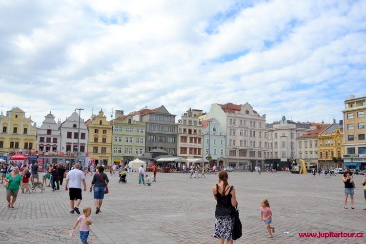Площадь Респлублики, Плзень