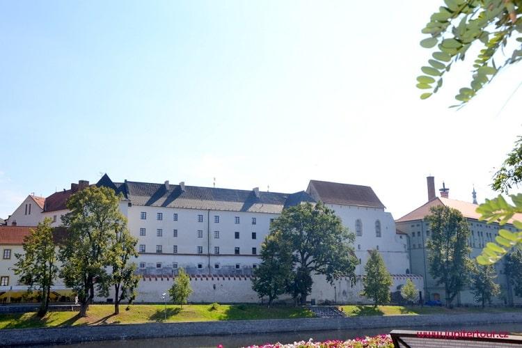 Замок в Писеке