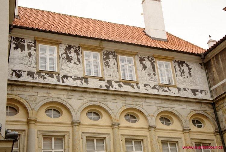 Фасад замка, Брандыс над Лабе