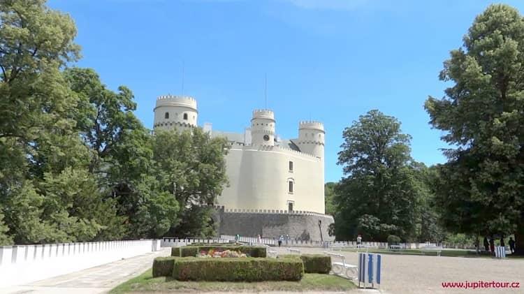 Парк, замок Орлик, замки Чехии