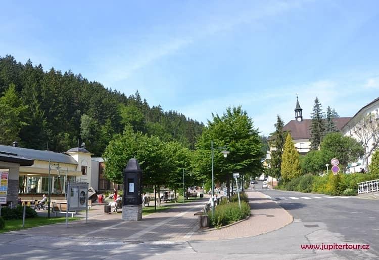 Центральная площадь, Янские Лазне, Чехия
