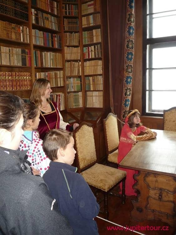 Библиотека, Чешский Штернберг