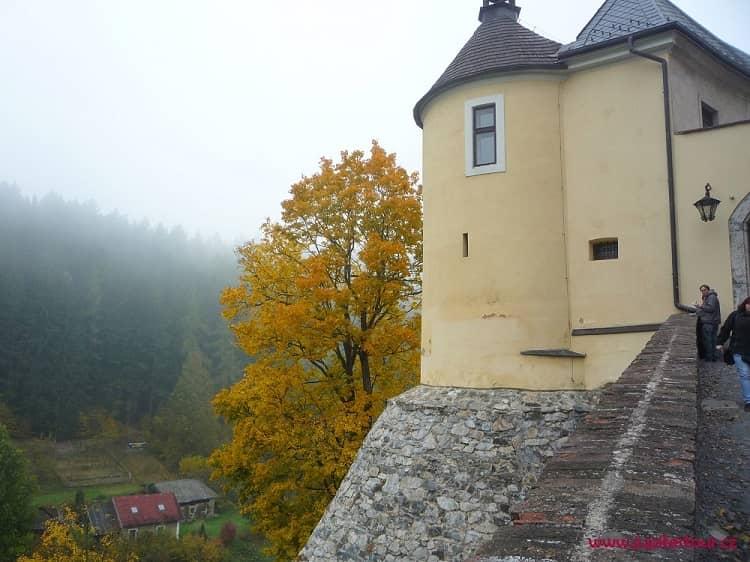 Около замка, Чешский Штернберг