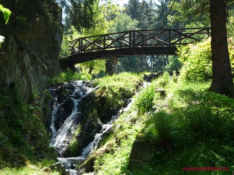 Мостик, парк Пругонице