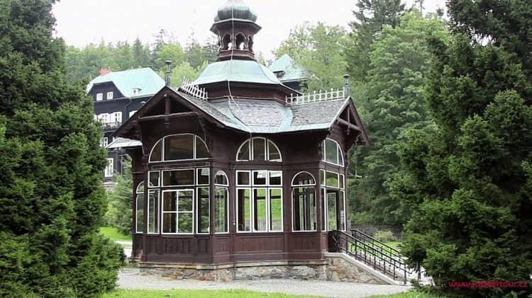 Павильон минеральной воды, Карлова Студанка