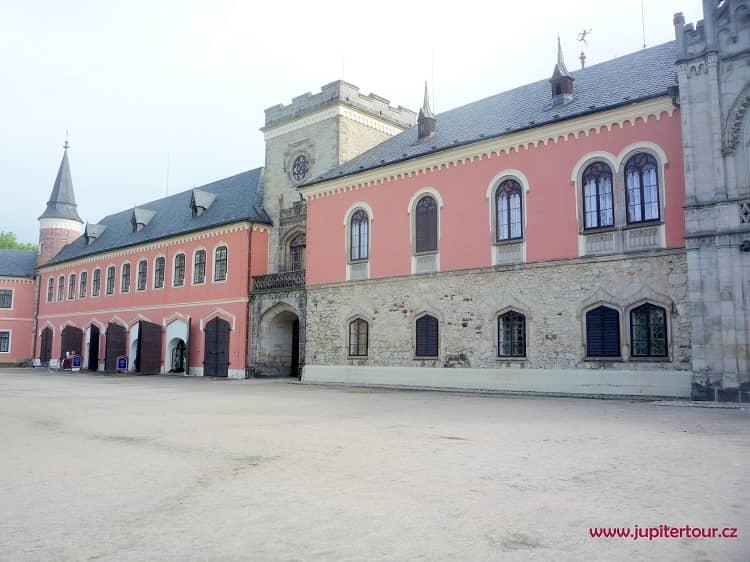 Замок Сихров, замки Чехии
