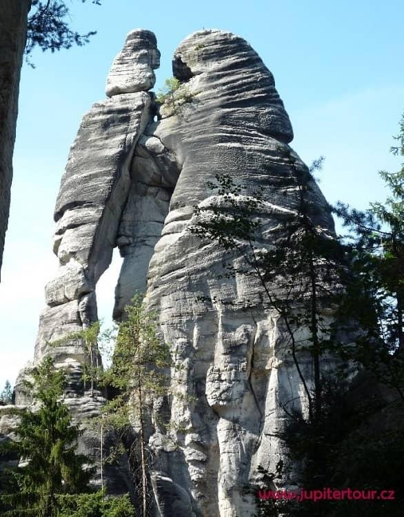 Влюбленные, Адршпарские скалы, Чехия